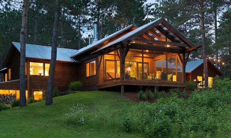 สร้างบ้านจากเศษไม้เหลือใช้